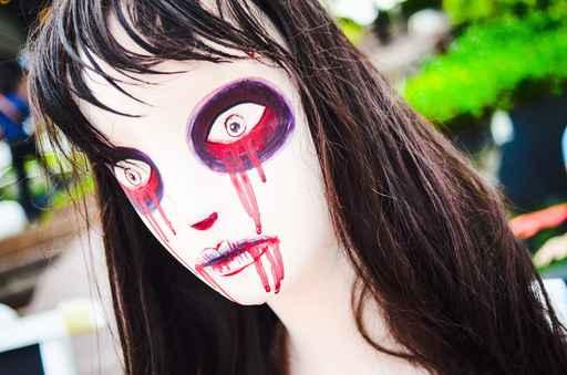 Halloween Doll woman creepy zombie